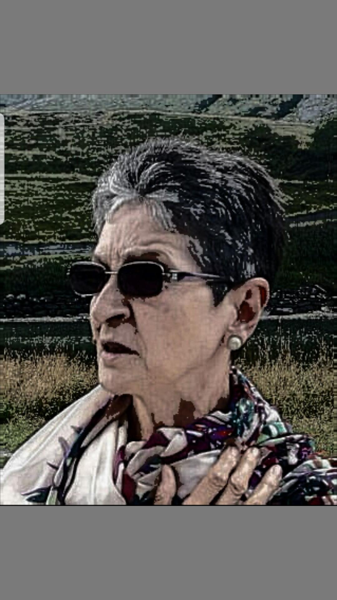 Elena Valentino